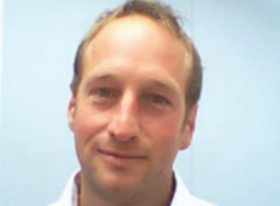 Julian Roberts headshot