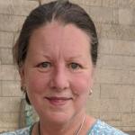 Dr Lynne Yaylerson